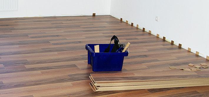 schenk-wohnen-3-fussboden-verlegen