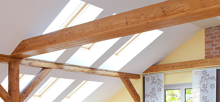 schenk-exquisit-wohnen-innenausbau-2-dachbalken
